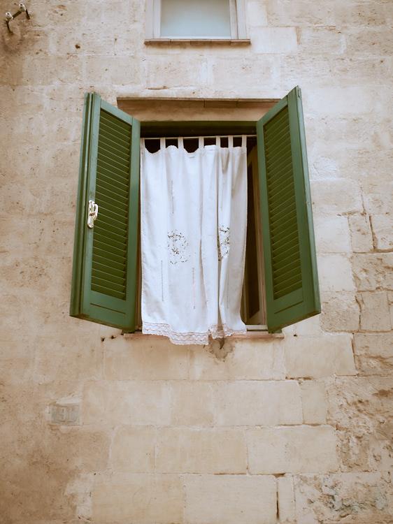 window-10-april-2016-dscf836100693-1